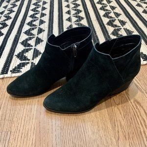 Crown Vintage - Black Suede Booties